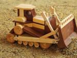 Деревянная детская игрушка - бульдозер