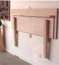 Откидной рабочий стол