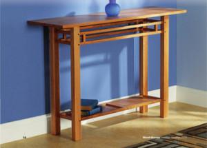 Просто и элегантный стол для прихожей