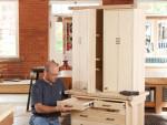 Нарядный шкаф для инструментов