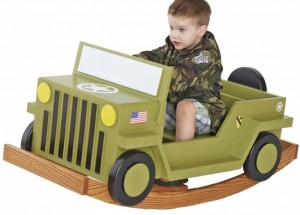 Детский автомобиль-качалка